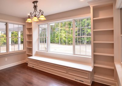 built in bench and shelving the dining area